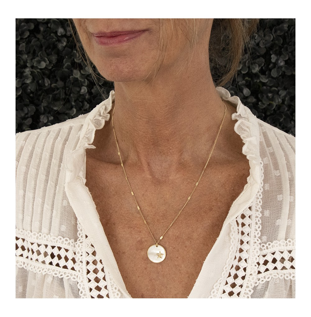 COLLIER MEDIUM ACIER DORE NACRE